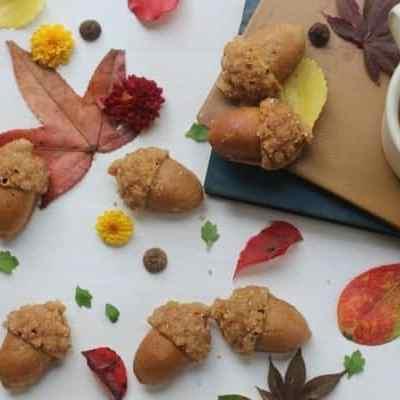 Maple Spiced Acorn Cakes with Maple Glaze