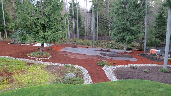 backyard red bark mulch