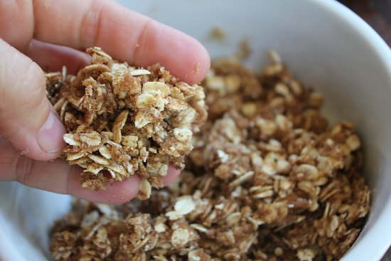 oatmeal crumb topping
