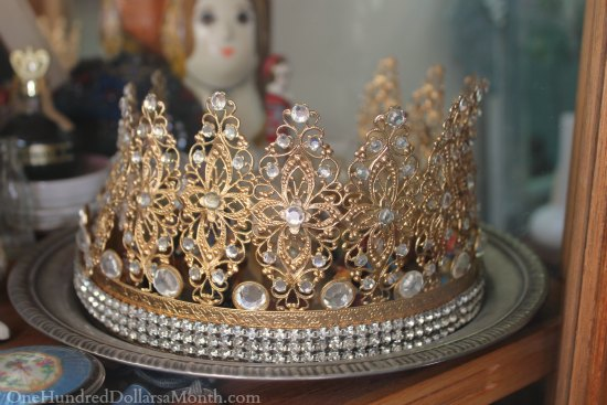 gold tiara with diamonds