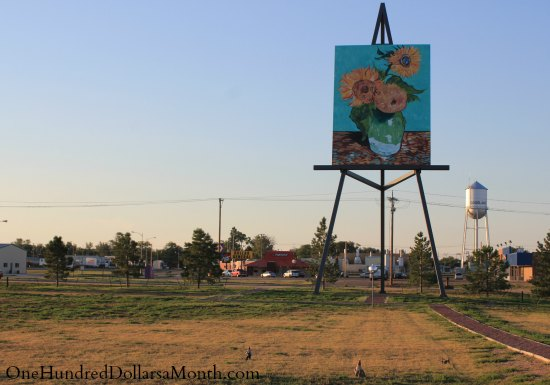 the world's tallest easel goodland, kansas