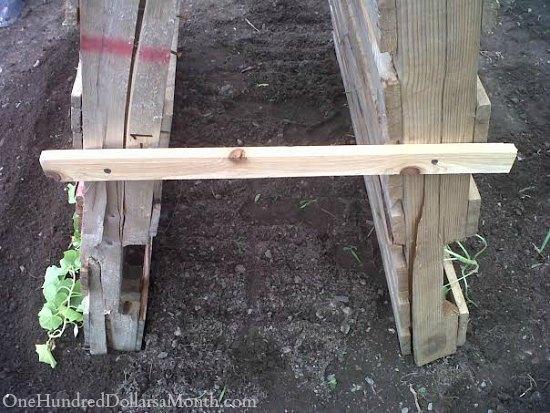diy pallet garden trellis