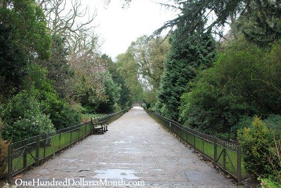 hyde park garden path