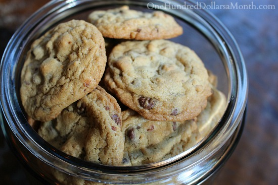 Pretzel-Cookies-with-Chocolate-Peanut-Butter-Chips