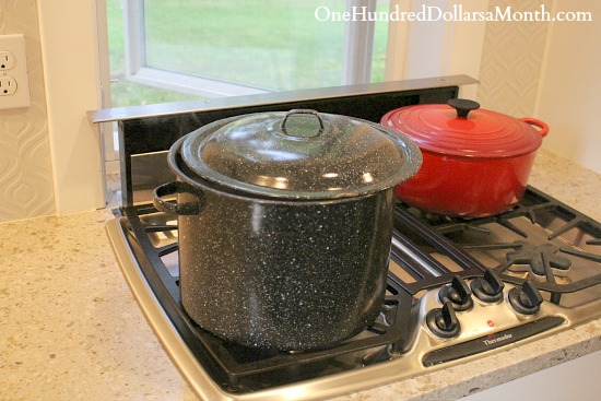 rug hooking dye pot