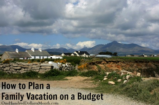 How-to-Plan-a-Family-Vacation-on-a-Budget