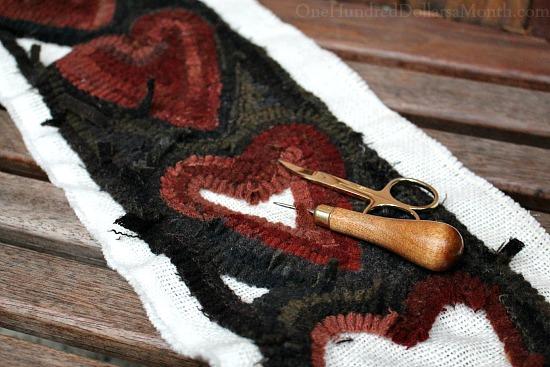 primitive hooked rug valentine heart