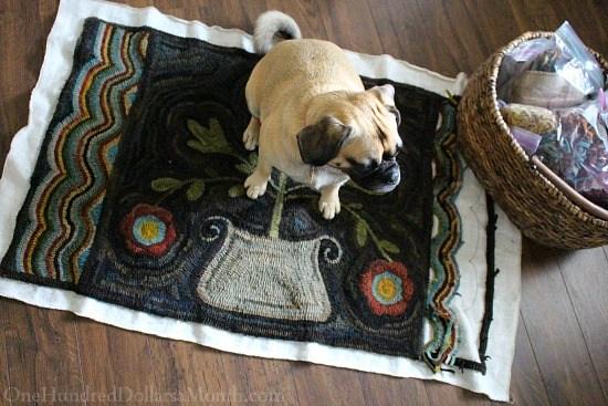 primitive-hooked-flower-rugs