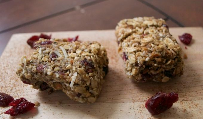 No-Bake Cranberry Almond Energy Bars