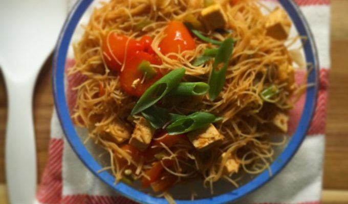 Stir Fry Makeover: Curried Tofu and Rice Noodles