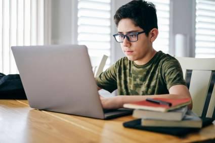IBM colabora con Adobe para dar a los jóvenes una introducción a los principios básicos del diseño