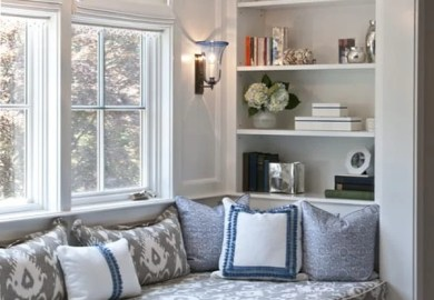 Bay Window Seat With Drawers