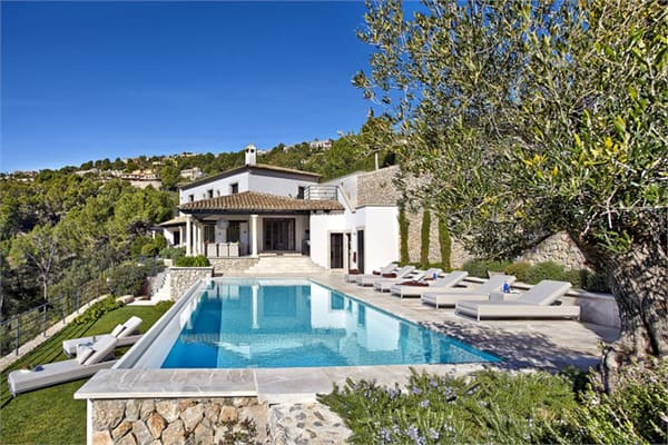 featured posts image for Contemporary villa in Mallorca with jaw-dropping views