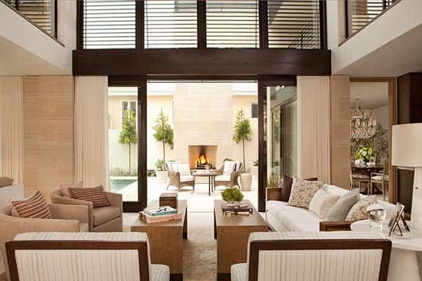 Chic beach house displaying inviting interiors in for Inviting interiors
