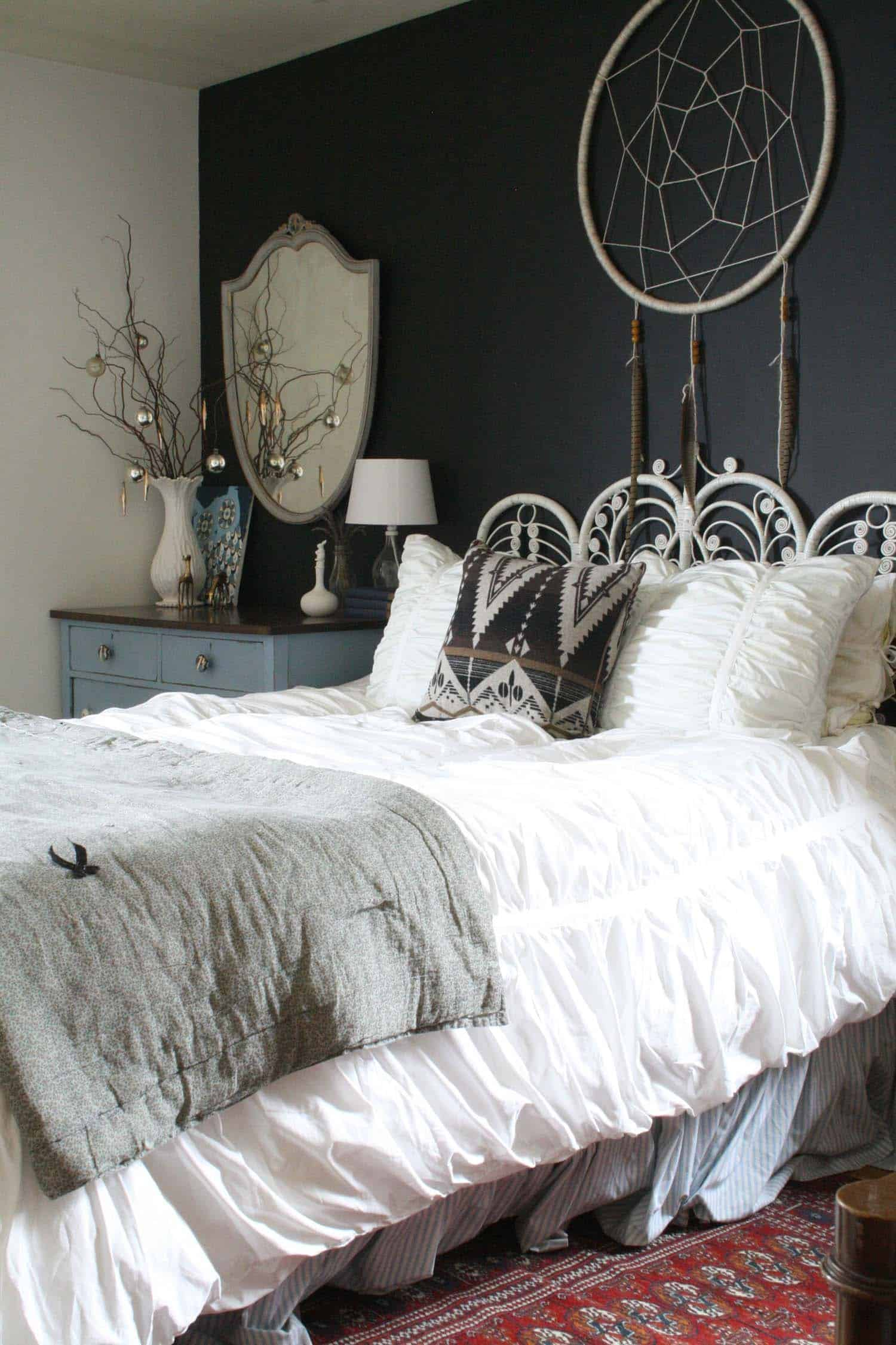 35 ways to create a christmas wonderland in your bedroom - One bedroom decorating ideas ...