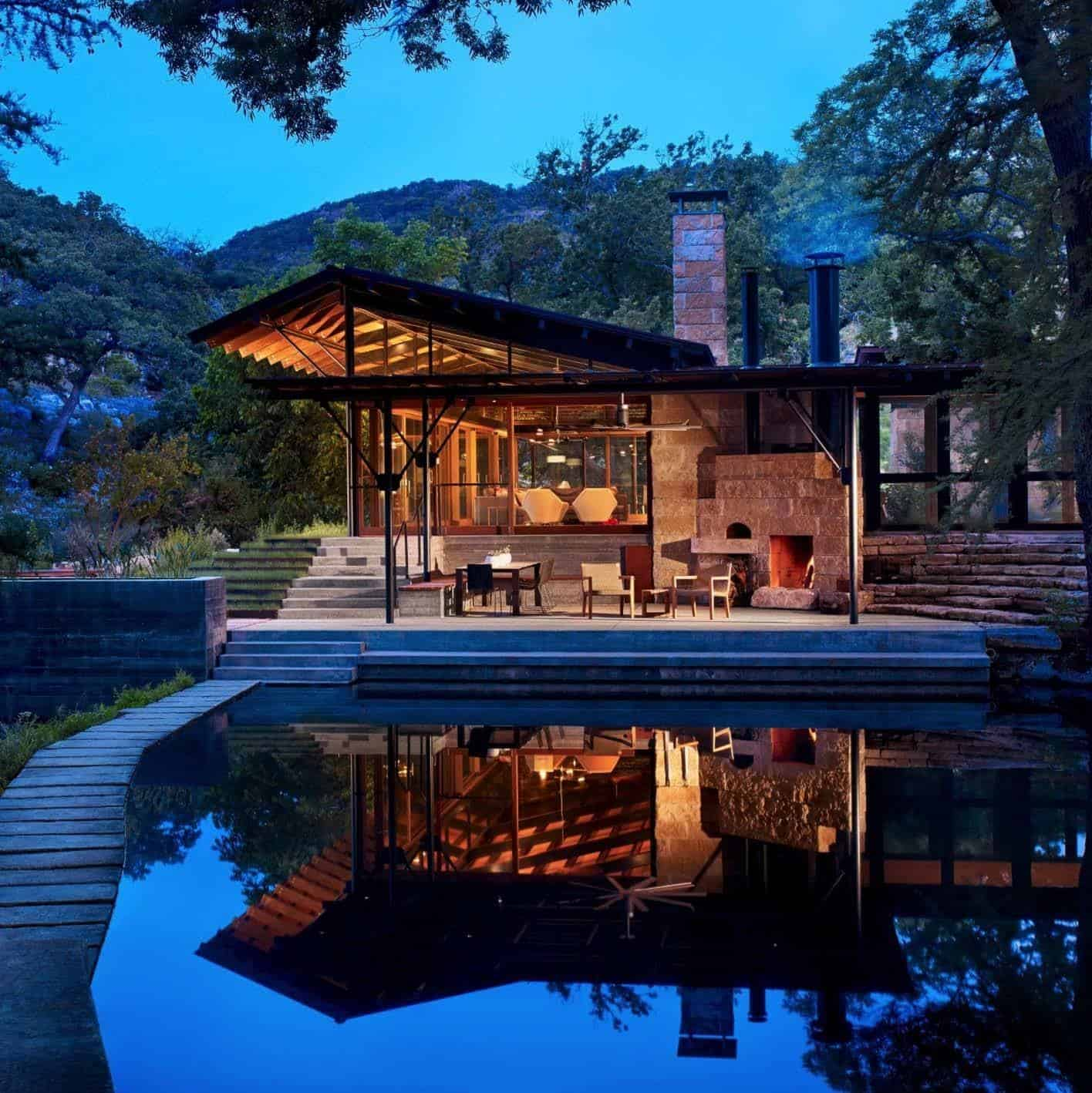 Waterworks Aquatics Highlands Ranch Home: Texas Hill Country Ranch Home Offers A Water's Edge