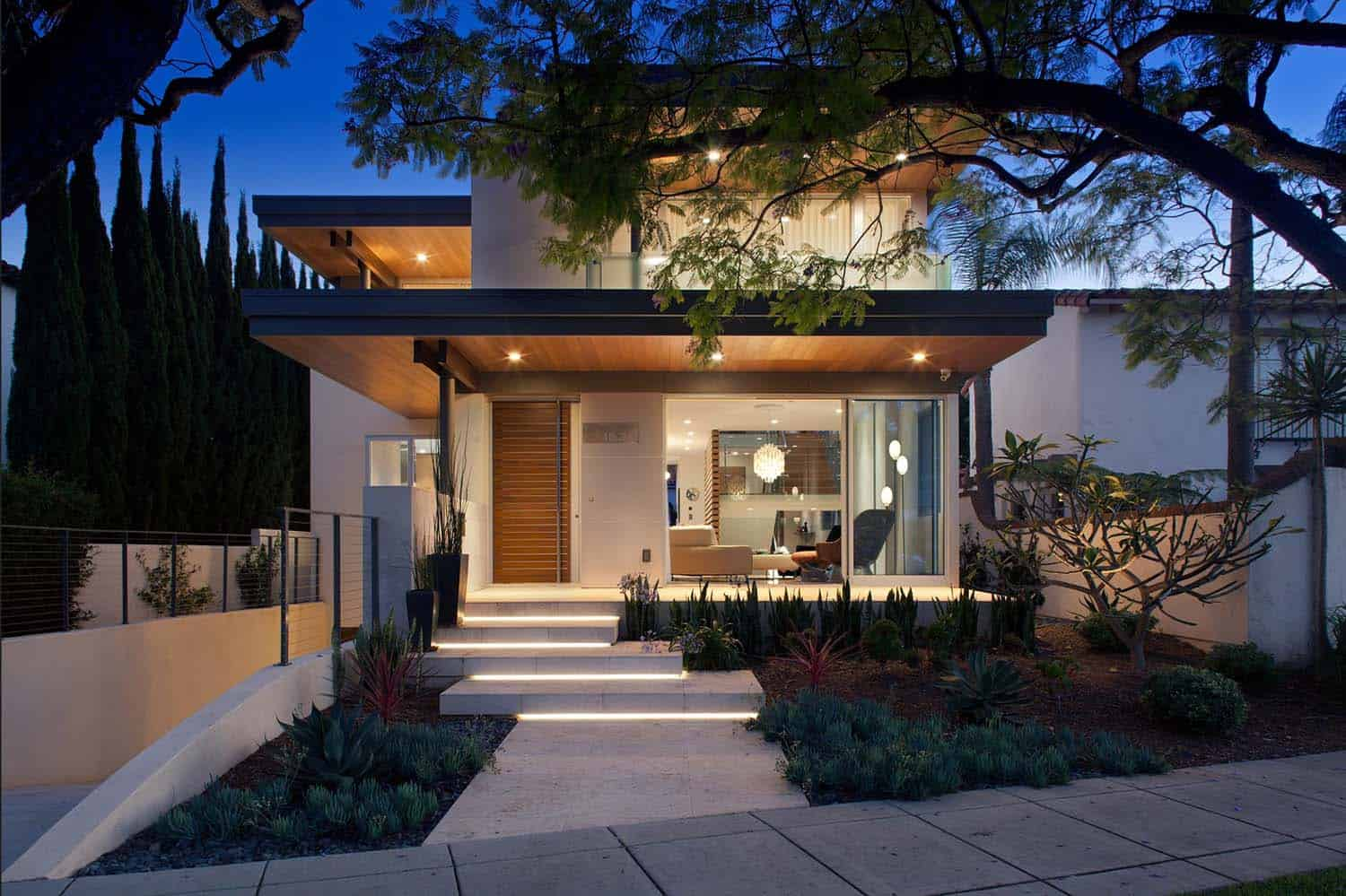 Southern california home features an elegant contemporary design - Top contemporary home design features ...