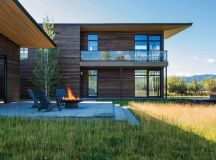 Family retreat in Wyoming reflects mountain minimalism ...