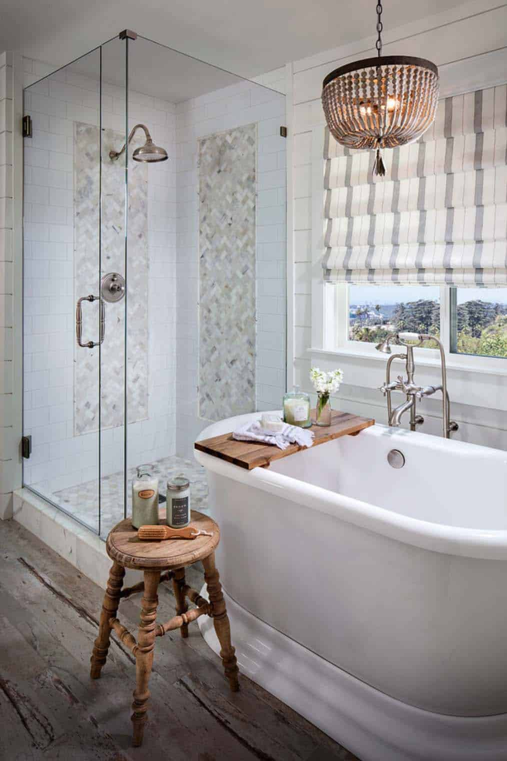 21 gorgeous farmhouse style bathrooms you will love for Bathrooms in style
