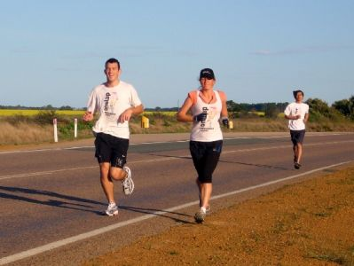 Company on the road for a 30km run into Esperance with a local Medical Student.