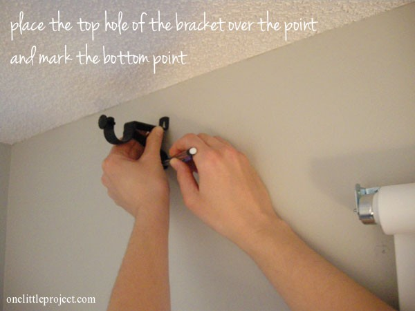 how to install a curtain rod with