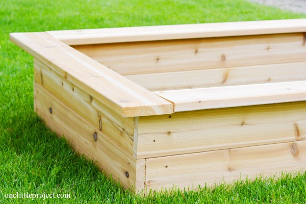 Eartheasy Raised Garden Planter