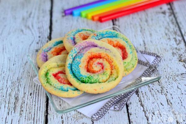 50+ Best Cookie Recipes - Rainbow Pinwheel Cookies