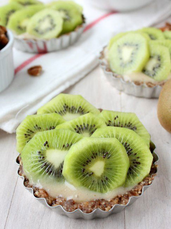50+ Best Kiwi Recipes - Raw Kiwi Banana Tarts