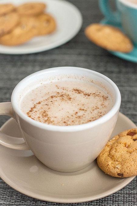 50+ Homemade Starbucks Recipes - Copycat Starbucks Gingerbread Latte
