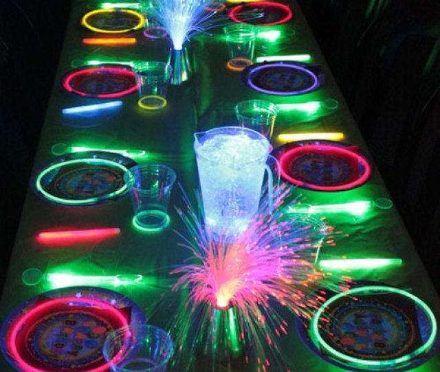 Glow Stick Ideas Neon Glow In The Dark Party