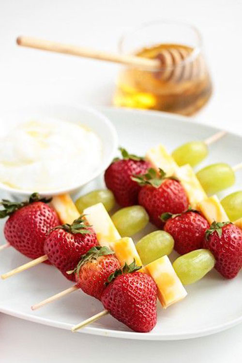 50+ Food on a Stick Lunch Ideas - Fruit and Cheese Kabobs