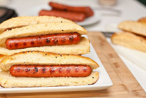 30+ Things You Can Make Yourself - Homemade Hot Dog Buns