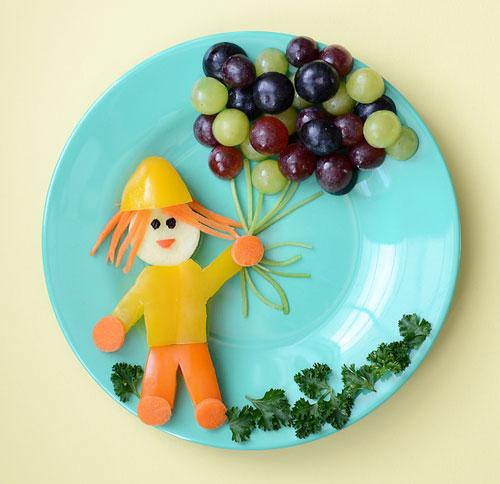 50+ Kids Food Art Lunches - A Little Girl With Balloons