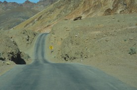 The road dropped through several gulleys, pretty fun.