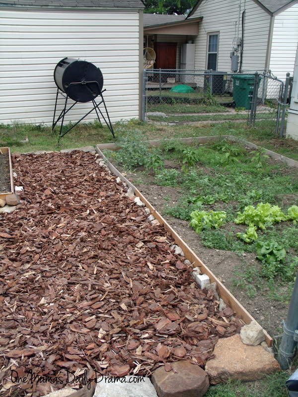 Backyard Makeover On A Budget: How To Build A Mulch Patio | One Mamau0027s Daily