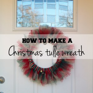 How to make a Christmas tulle wreath