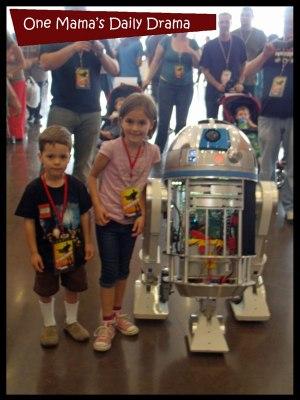 R2D2 at Dallas Comic Con