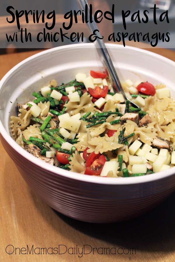 Spring grilled pasta with chicken and asparagus | pasta salad recipe