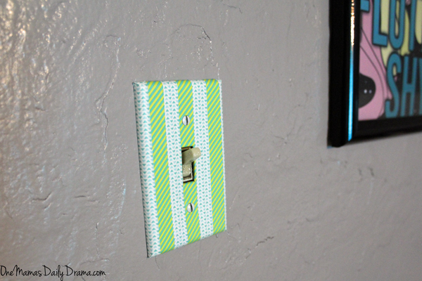 Washi Tape Crafts | One Mama's Daily Drama --- Update a light switch plate in minutes with washi tape! Plus, get more ideas and projects from this new craft book.