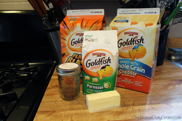 Cheesy taco Goldfish snack mix ingredient