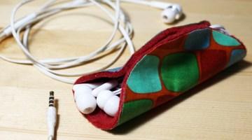 How to make a no-sew earbuds taco