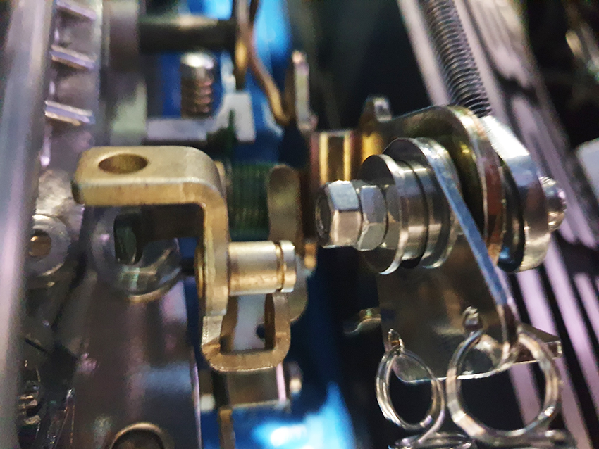 This image has an empty alt attribute; its file name is billet-throttle-rod-24.jpg