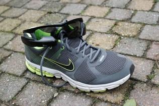 Recon-Jet-on-shoe