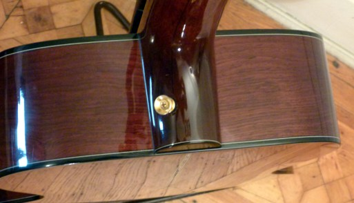 Kathy Wingert Model F Custom - rosewood shoulders - guitar review at onemanz.com