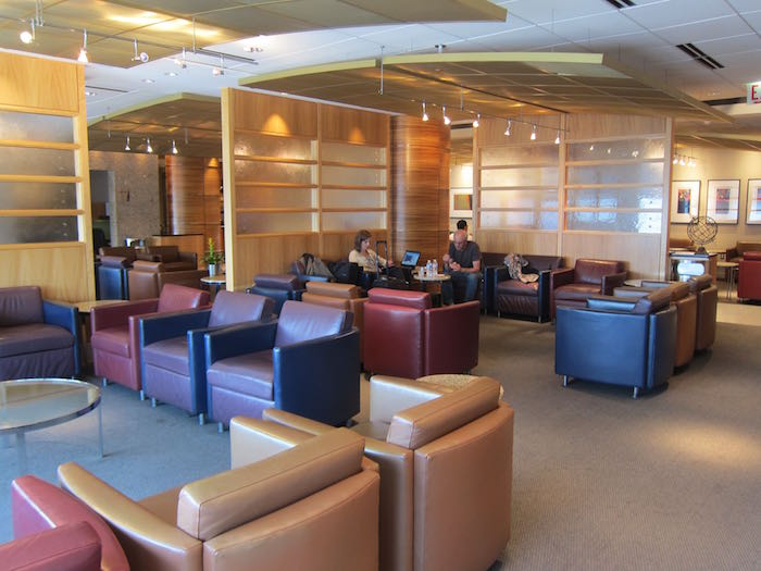 Review American Airlines Flagship Lounge Chicago O Hare
