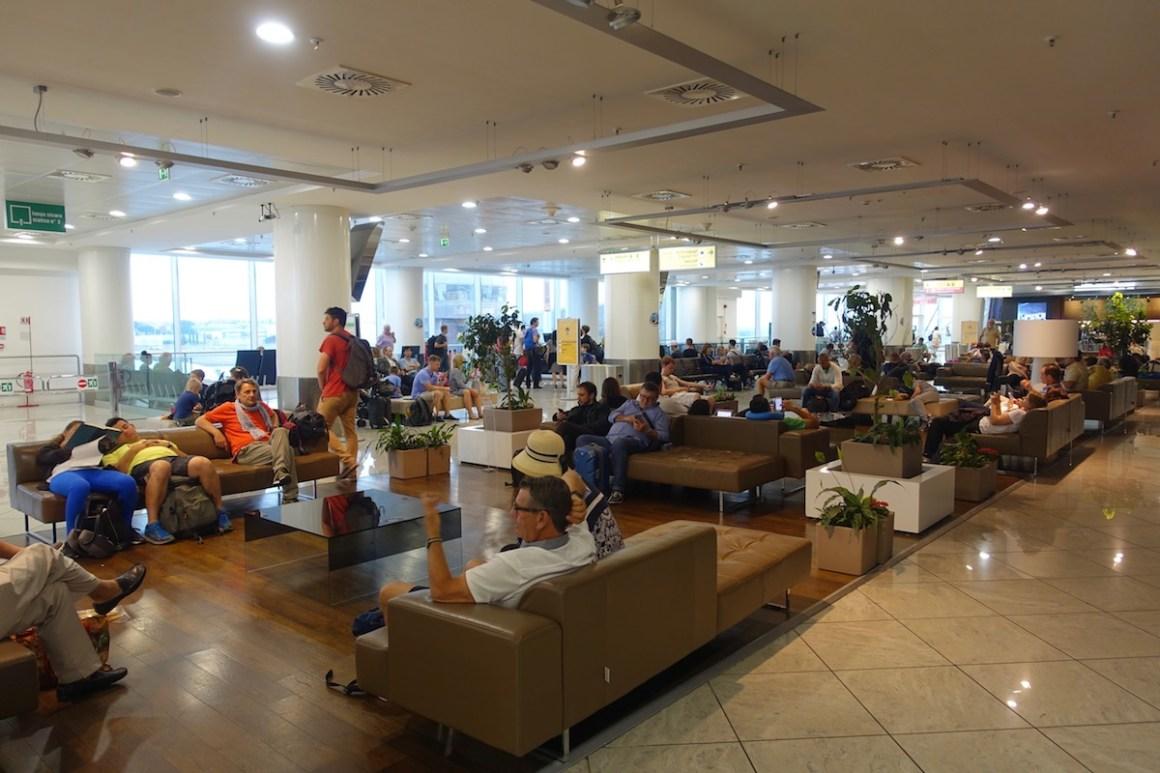 Výsledek obrázku pro napoli airport interior
