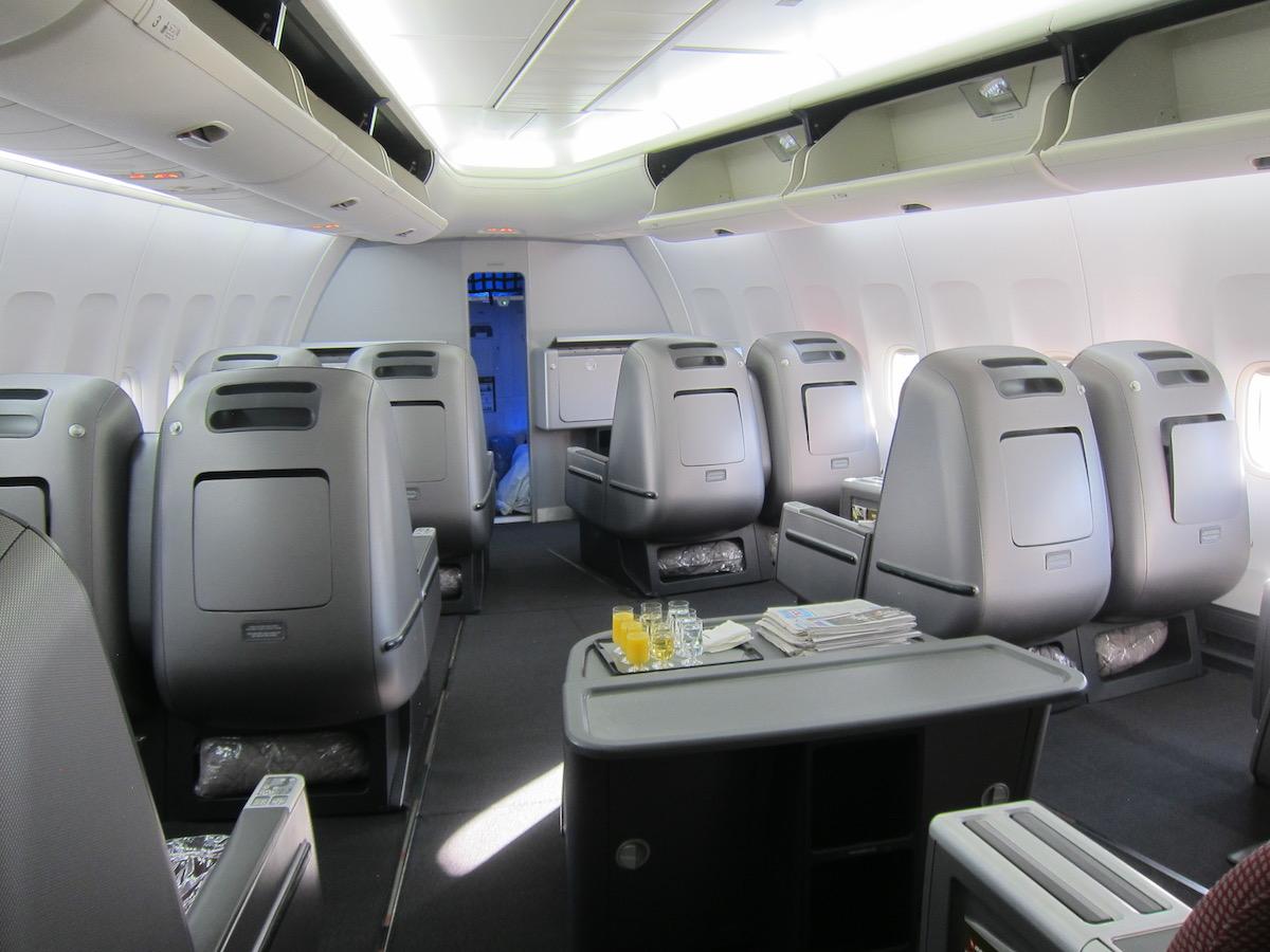 awesome qantas 747 retirement