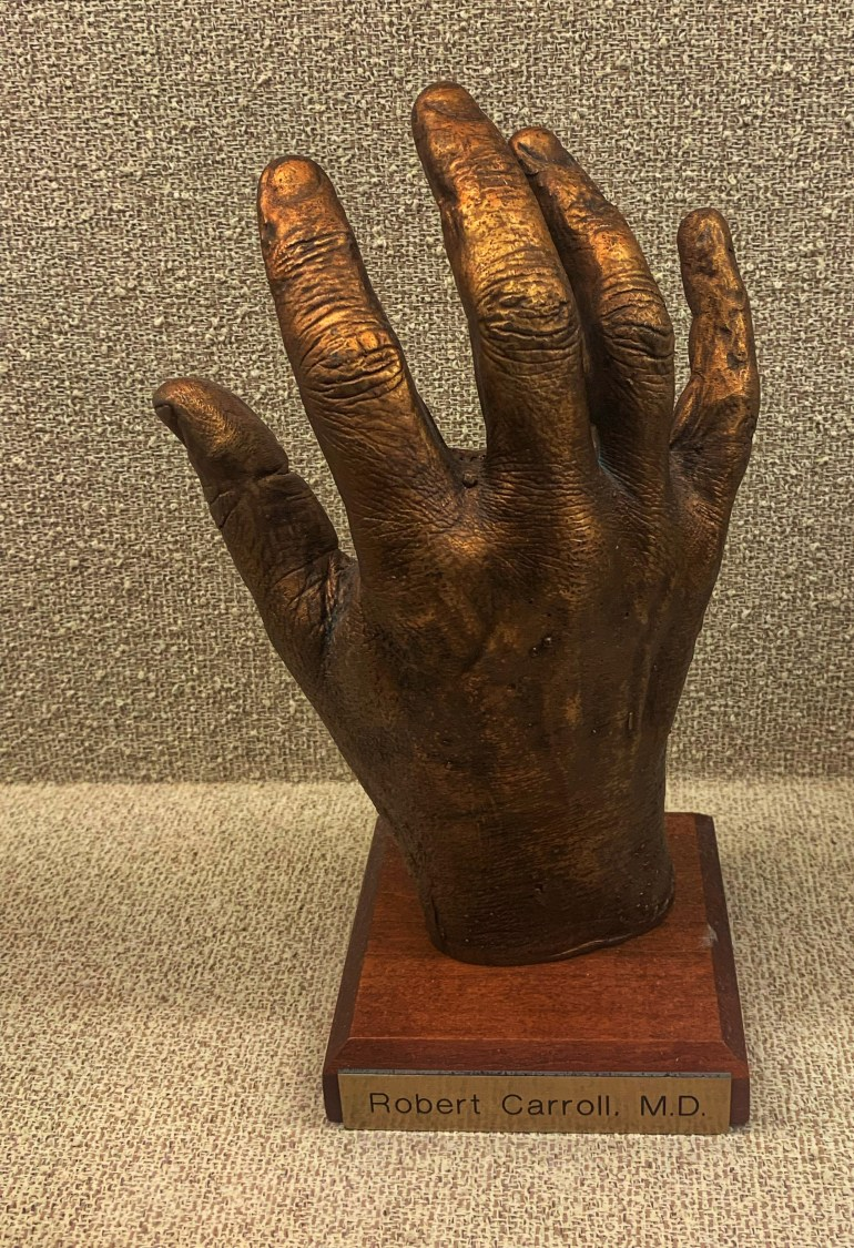 Robert Carrol, MD : The Hand Collection at Baylor Medical Center in Dallas, Texas