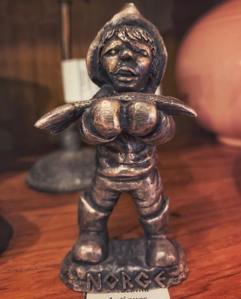 Little Silver Norge:  An Afternoon of Antiques in Snohomish, Washington