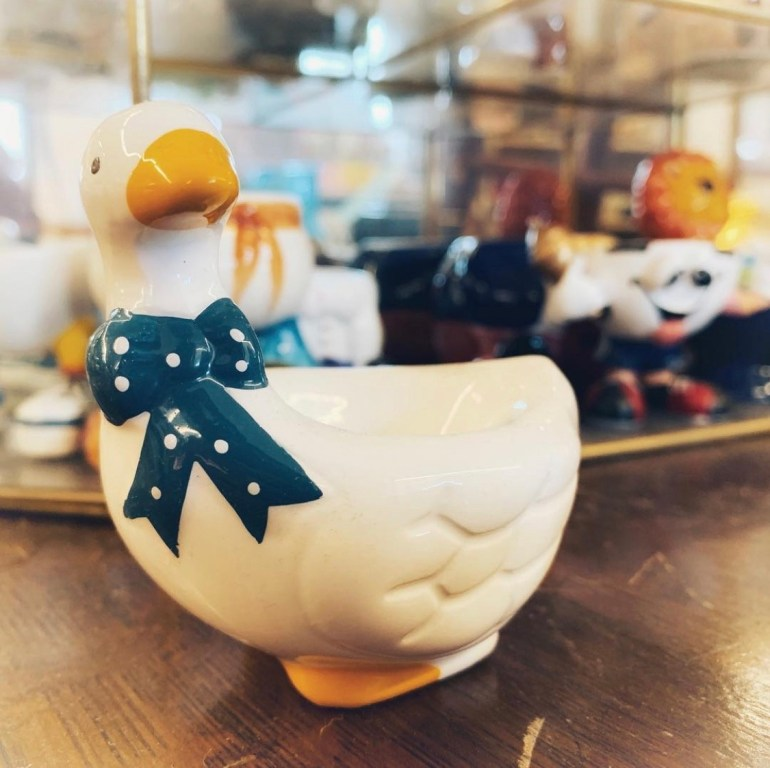Goose Egg Cup:  An Afternoon of Antiques in Snohomish, Washington